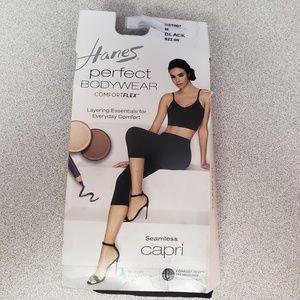 Perfect Bodywear Seamless Capri with ComfortFlex™